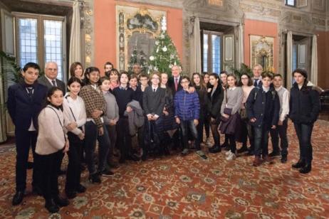 """Incontro con un gruppo di studenti dell'Istituto Comprensivo """"Sinopoli Ferrini"""" e dell'Istituto Comprensivo """"Via Tor de Schiavi 175"""" di Roma"""